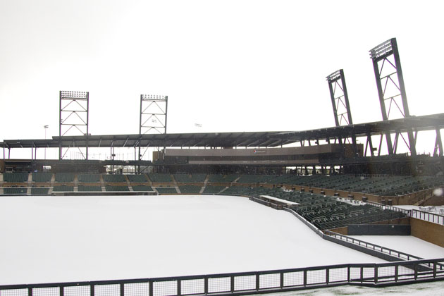 Snow creates winter wonderland at Arizona Diamondbacks camp