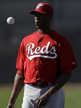 It's official: Aroldis Chapman will close for Reds