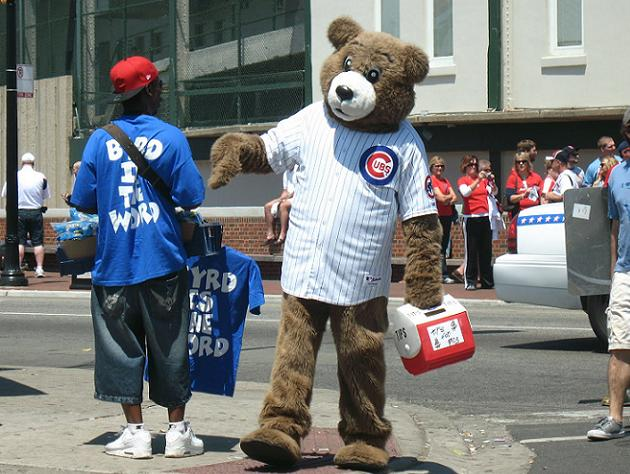 Cubs demand unauthorized mascot 'Billy Cub' stay away from Wrig…
