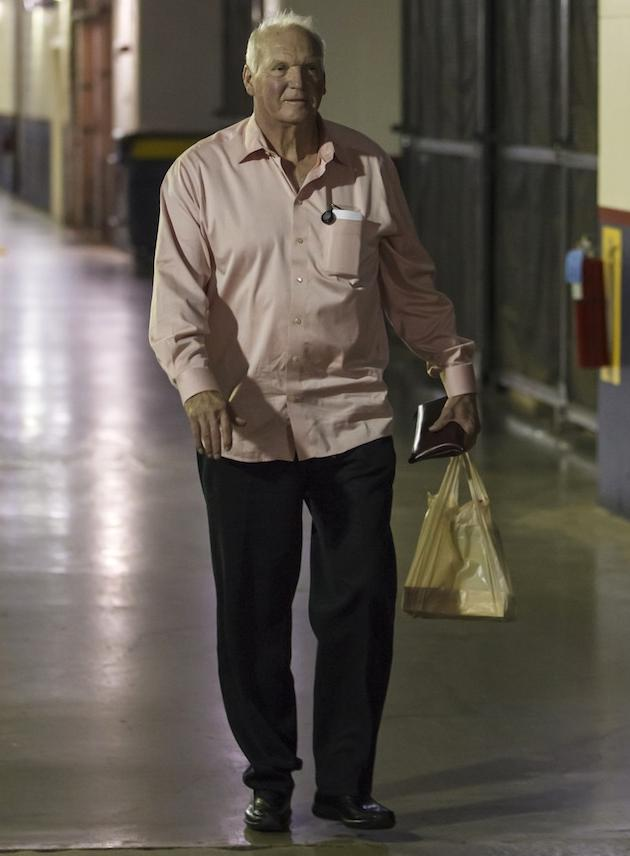 Charlie Manuel leaves Citizens Bank Park — Wawa bag in hand
