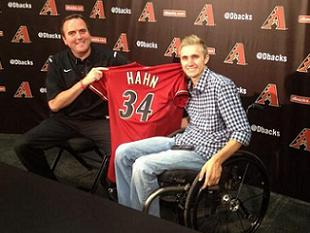 Arizona Diamondbacks give paralyzed draft pick Cory Hahn a spec…