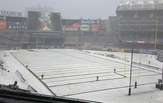 Cool Photo: Snow-covered Yankee Stadium plays host to third ann…