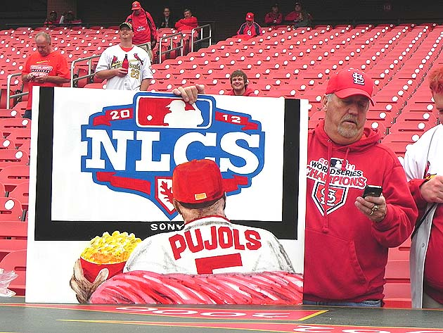 Albert Pujols fondly recalled at NLCS by St. Louis fan with sna…