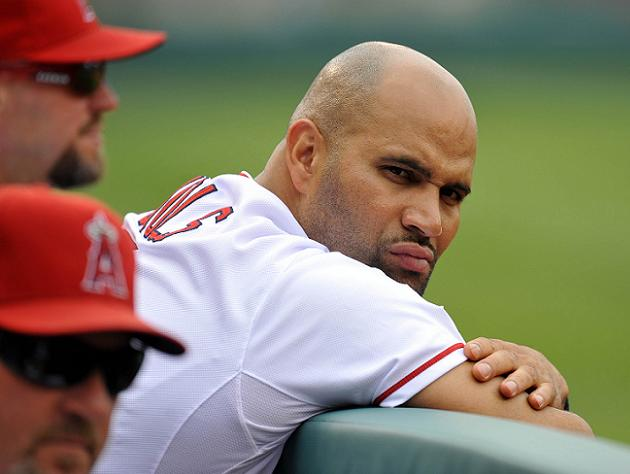 Albert Pujols likely out for season after suffering plantar fas…