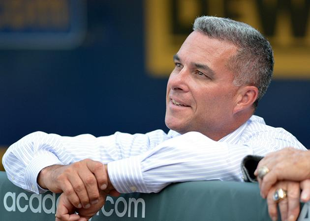 Black Friday deals: Royals give GM Dayton Moore two-year extens…