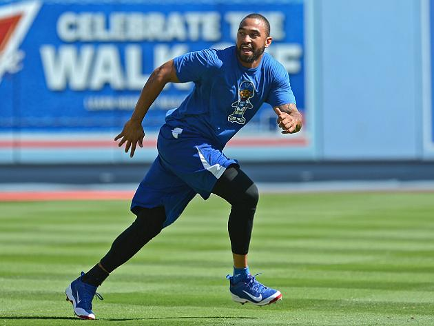 Matt Kemp shut down indefinitely after experiencing tightness i…