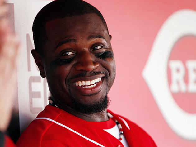 Reds expected to explore trade involving Brandon Phillips