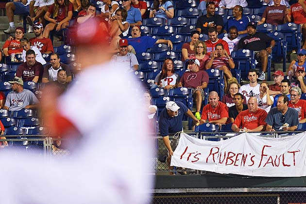 Banner at Citizens Bank Park blames GM Ruben Amaro for Phillies…