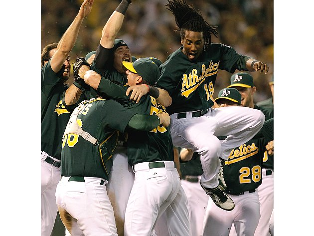 The Juice: Athletics clinch playoffs, Cardinals do not (yet)
