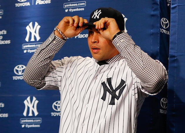 Aw shucks, the Yankees give Carlos Beltran's daughters little Y…