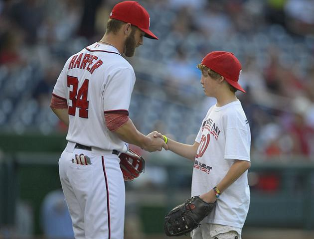 Bryce Harper gives cancer-stricken fan special night at Nationa…