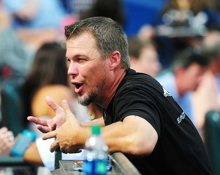 Chipper Jones doubts Greg Maddux will be unanimous Hall pick be…
