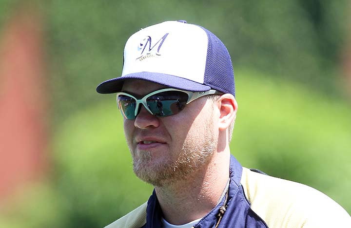 Mariners add Hart, LoMo to cap Meetings