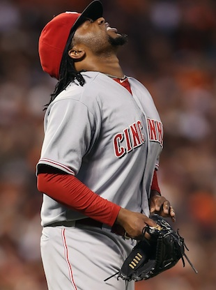 Johnny Cueto leaves NLDS start after eight pitches