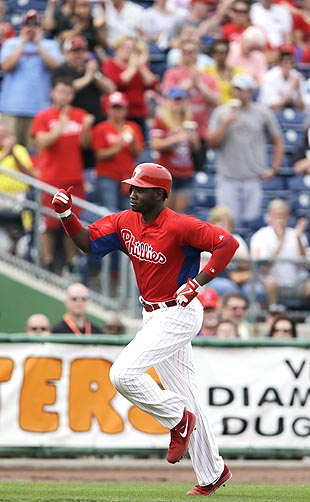 Philadelphia Phillies' Domonic Brown home run clears batters ey…