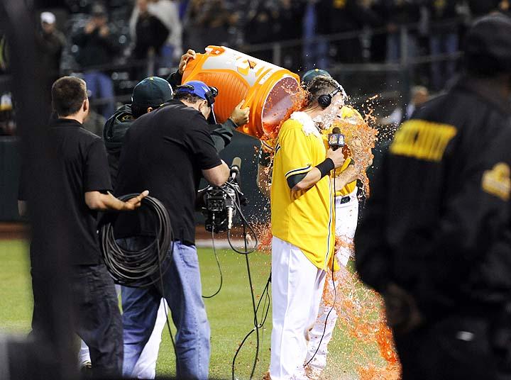 Sewage seeps into Athletics dugout at Oakland Coliseum