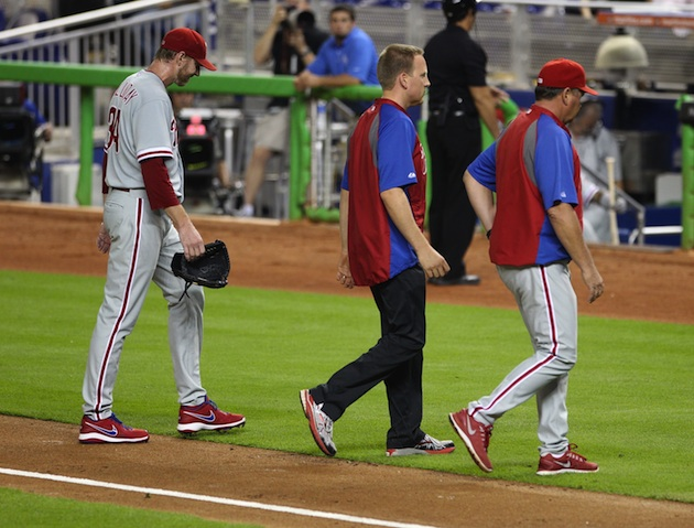 Roy Halladay leaves Phillies game after three batters with 'rig…