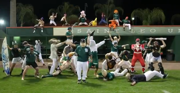 Baseball teams get in on 'Harlem Shake' craze