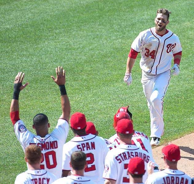 Bryce Harper hits first career walkoff homer