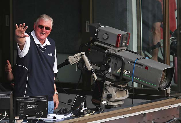 Hilarious Hawk Harrelson home run call: 'You can put it on the …