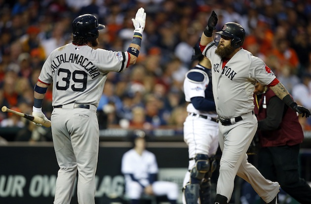 ALCS Game 3: Mike Napoli's solo homer powers Red Sox to 1-0 win…
