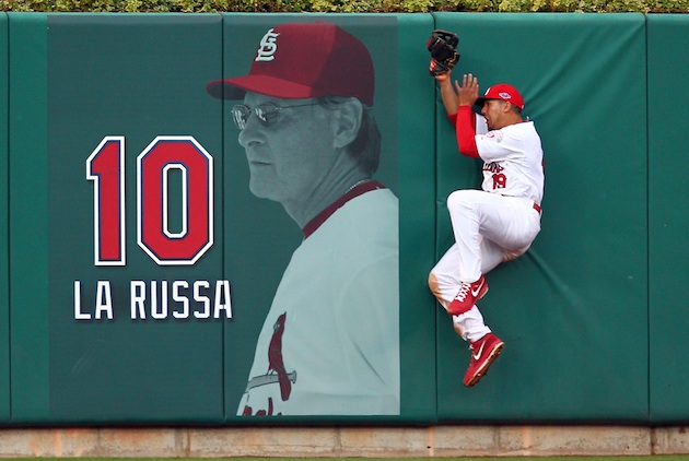 Jon Jay makes great grab in Cards win (Video)