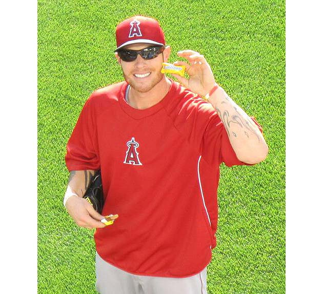Butterfinger! Josh Hamilton happily eats candy bars Oakland Ath…