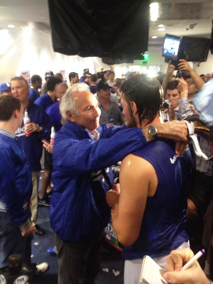 He cares: Sandy Koufax embraces Clayton Kershaw after Dodgers a…