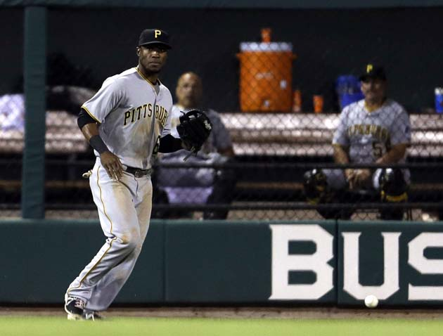 Cards get drop on Pirates: Starling Marte's excruciating error …