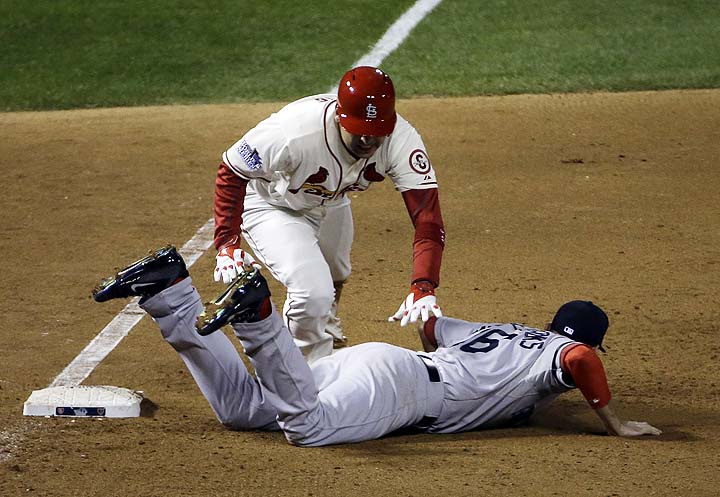 Obstruction — Explaining MLB's rule 7.06