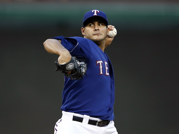 Texas Rangers sign pitcher Martin Perez to new contract through…