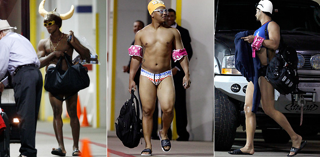 Aquamen! Rangers rookies get swimming-themed hazing (Photos)