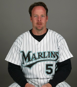 Mike Redmond hired as next Marlins manager
