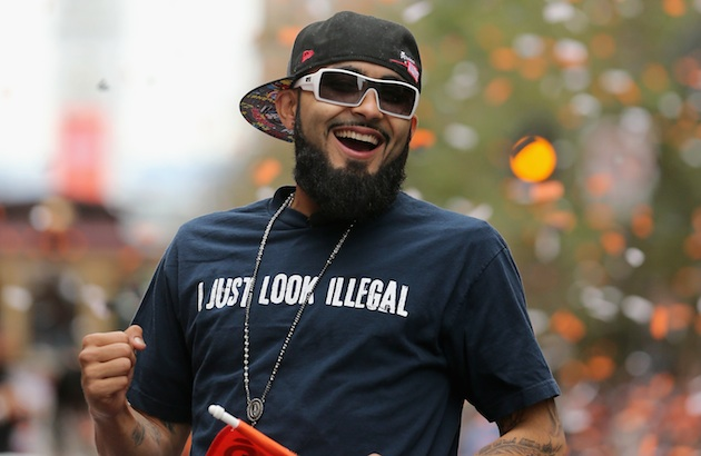 Sergio Romo dons thought-provoking t-shirt in Giants victory pa…