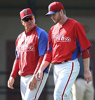 Phils 'concerned' over Halladay's rough outing