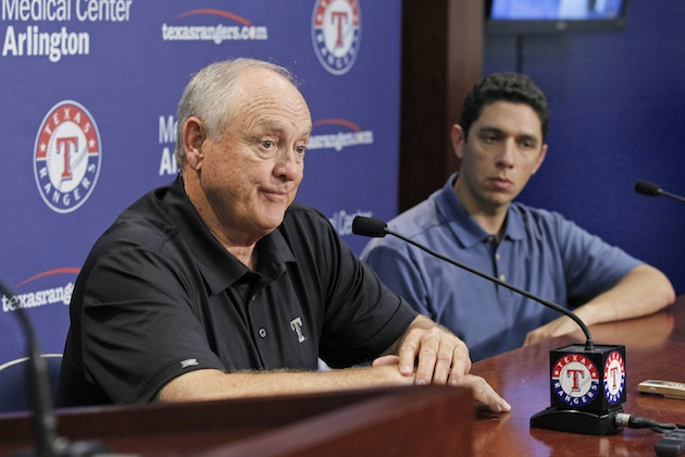 Nolan Ryan announces retirement as Texas Rangers CEO