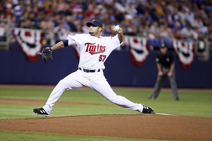 Twins might want Johan Santana back