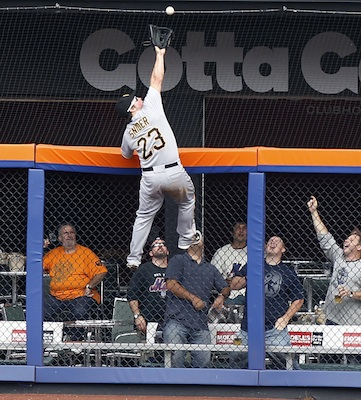 Travis Snider impersonates Michael Jordan, Spider-Man while mak…