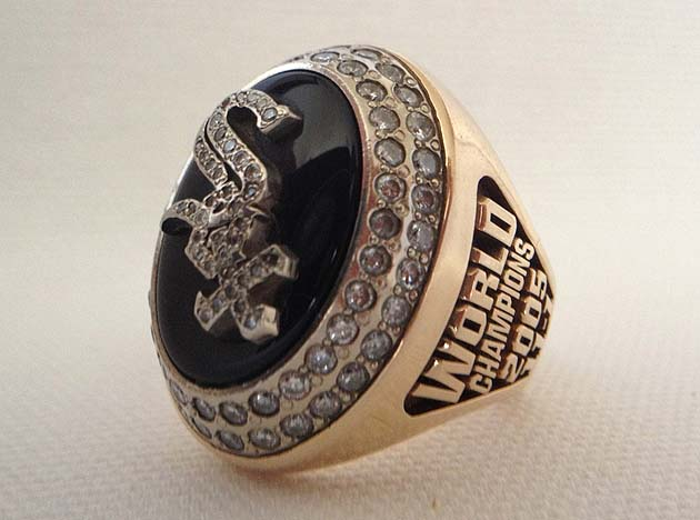 eBay: 2005 White Sox World Series ring for sale