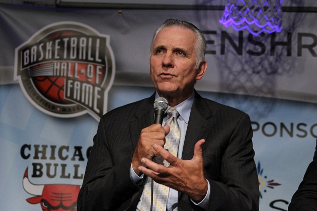 Hall of Famer Jerry Lucas is auctioning off his 1960 Olympic go…