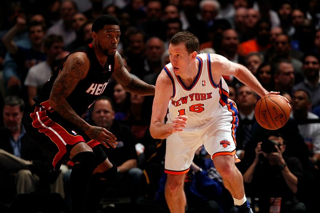 The Knicks sign Steve Novak for four years, which is a risk