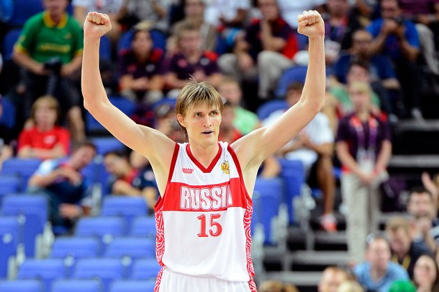 Andrei Kirilenko swears there's nothing shady about his shady-l…