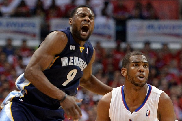Tony Allen ejected for kicking Chris Paul in the face (Video)