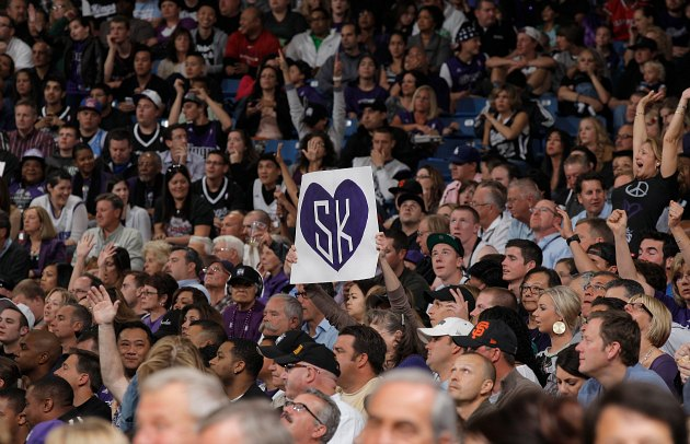 NBA's Board of Governors votes to keep the Kings in Sacramento,…
