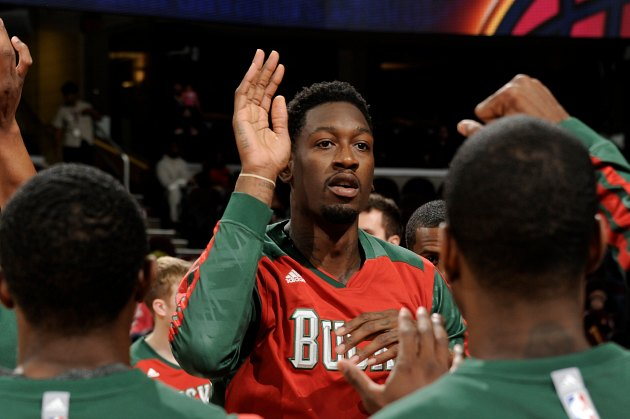 Larry Sanders under investigation for role in bar fight, misses…