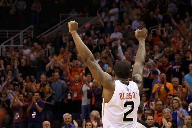 Eric Bledsoe knocks down buzzer-beating 3 to lift Suns over Jaz…