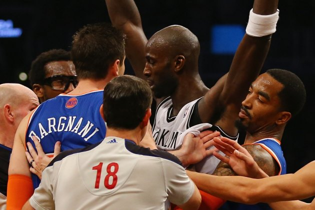 Andrea Bargnani ejected for trash-talking Kevin Garnett in Knic…