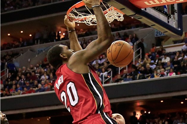 Greg Oden dunks on first touch in first NBA action in four year…