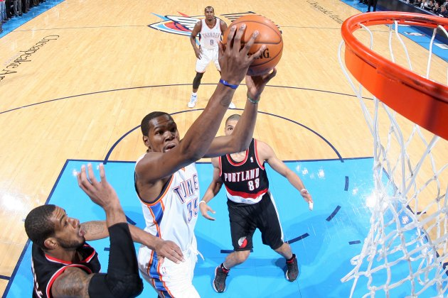 Kevin Durant goes off in final minutes to lift Thunder over Bla…