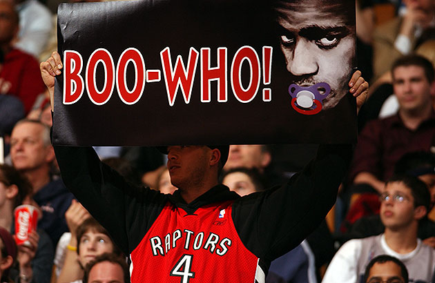 The 10-man rotation, starring Toronto Raptors fans and Vince Ca…
